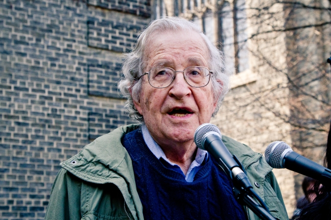 Noam_Chomsky_Toronto_2011.jpg